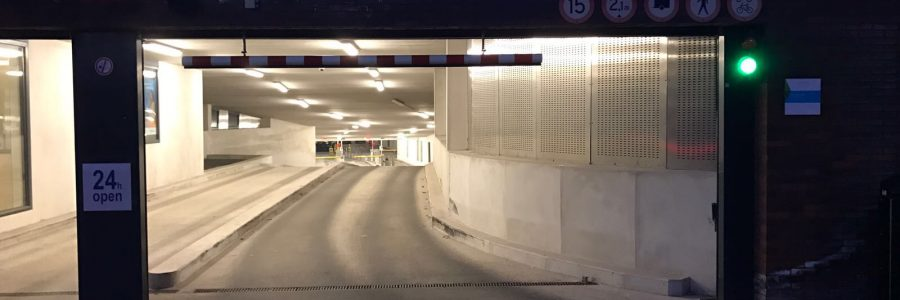BOEKENBERG GARAGE IN SPIJKENISSE IS MADE SAFE (ANTI-SLIP) DUE TO THE MAXXGRIB STEP 1,2,3 ANTI-SLIP SYSTEM.